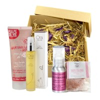 Funky Skincare Love Me Gift Set